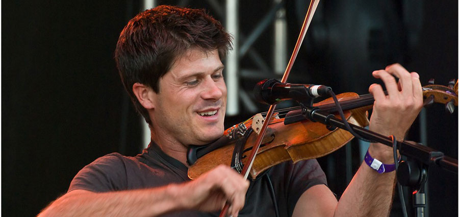 Chords for Seth Lakeman - The Courier (Official Video)