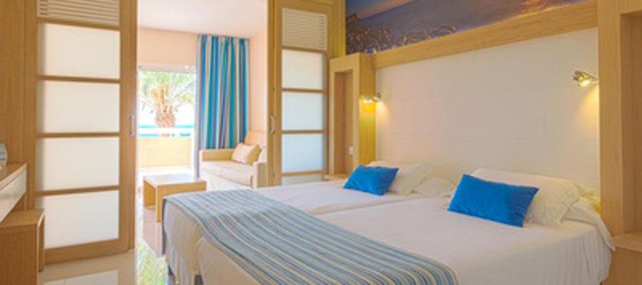 cobi_media_www.sirenishotels.com_cache_ca_cb_cacb3187d4dfc06cf067359914cd1f14